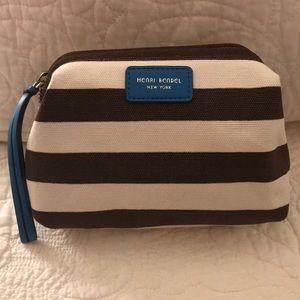 ⭐️New⭐️Henri Bendel Cosmetic Bag